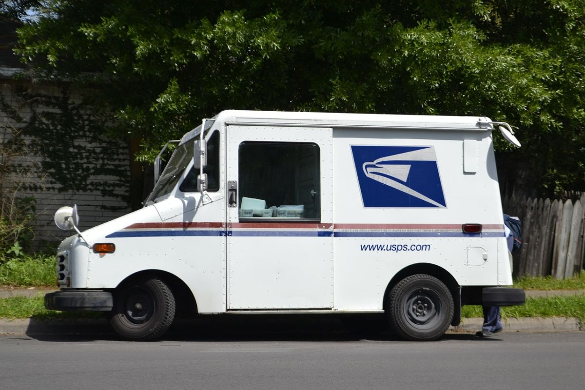 How to Get Mail on the Road using USPS General Delivery