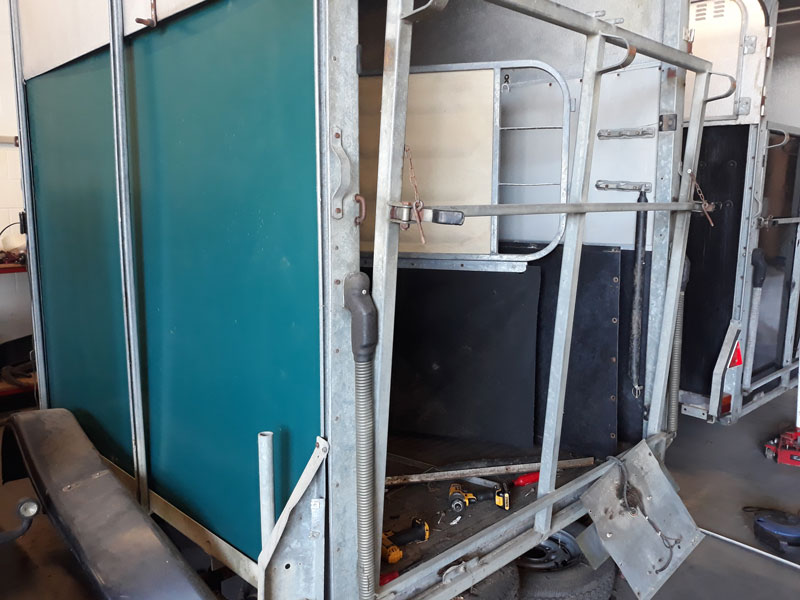 Horse Trailer Side Panels and Ramps