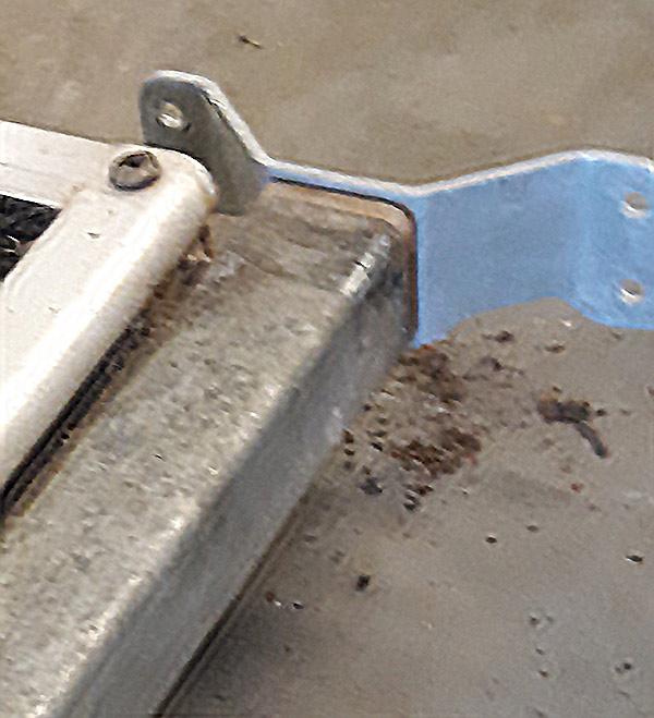 broken front ramp hinges