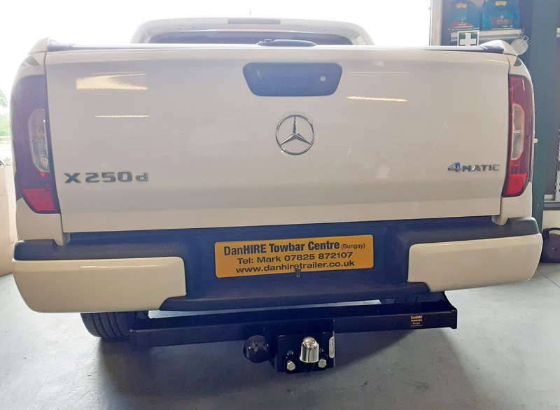 Towbar fitted to New Mercedes X250 d Truck