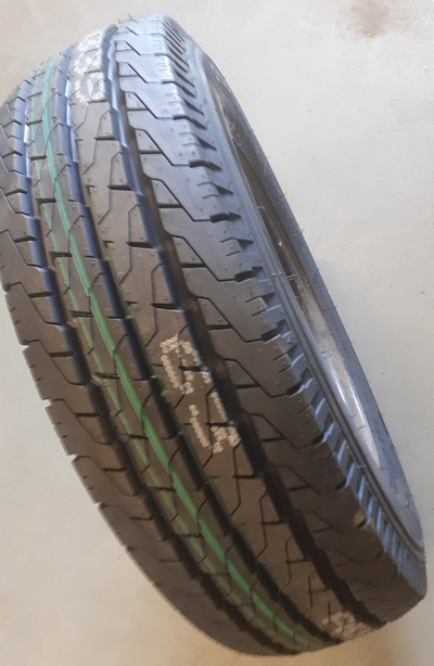 TYRE SAFETY New trailer tyre