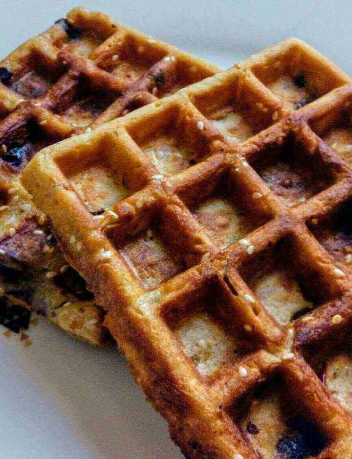 Tasty Waffles Recipe with Apple and Sesame Seeds