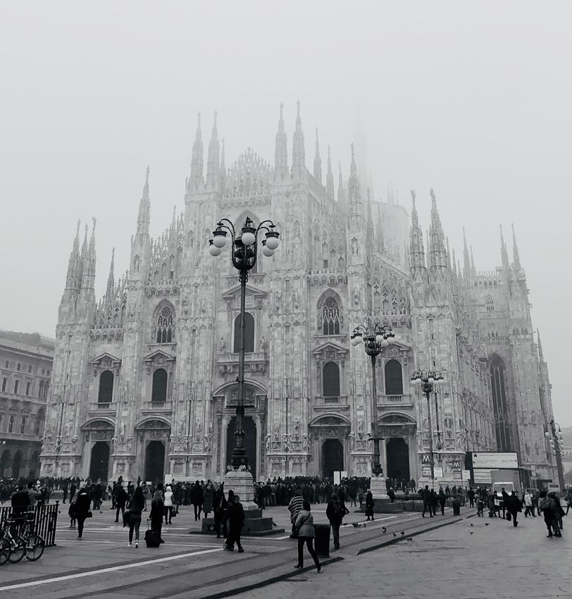 Duomo Milano by Daniel Gossmann