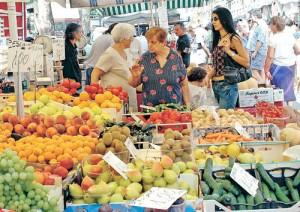 eb88802cf9 ASL chiude il mercato di piazza Vittorio ma oggi forse riapre. - DANIELA  SPINACI | DANIELA SPINACI