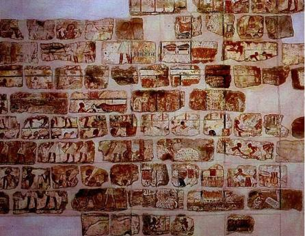 Alcuni Talatats rinvenuti nel Tempio di Karnak esposti nel Museo di Luxor