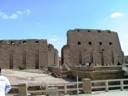 Tempio di Karnak, I pilone