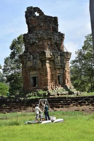 Un carotaggio ad Angor Wat