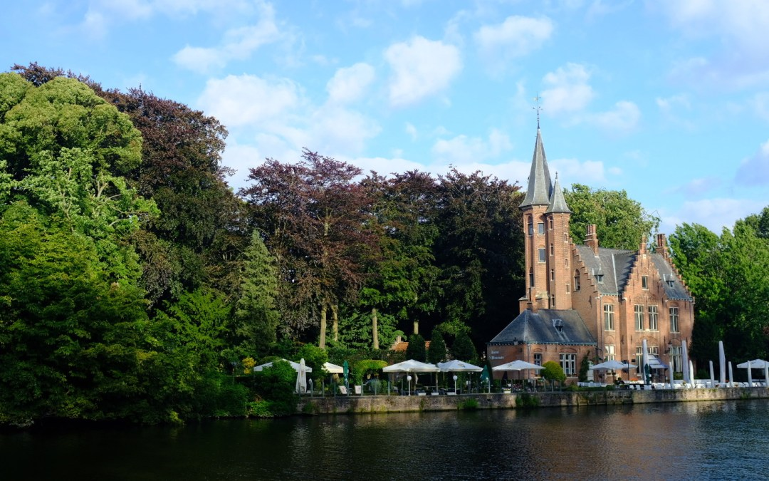 Bruges and Damme // Cycling the Belgian Countryside