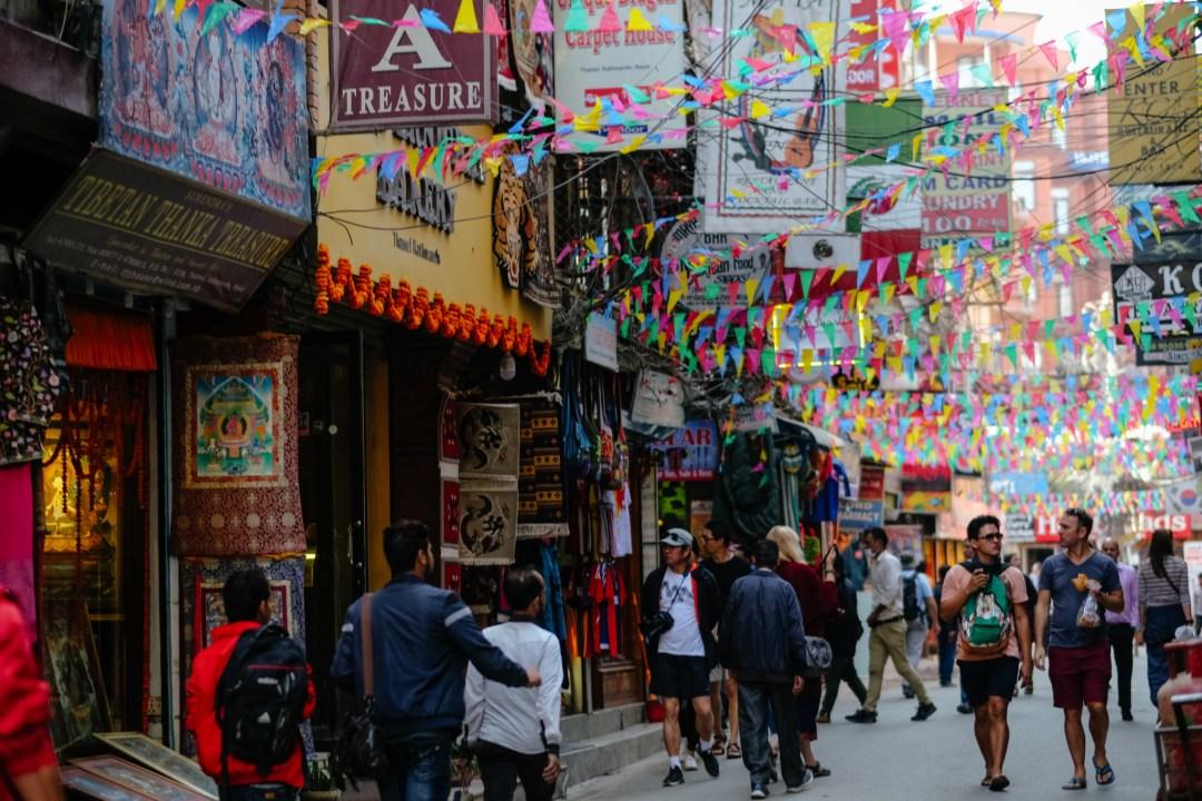 Kathmandu_Thamel_Flags