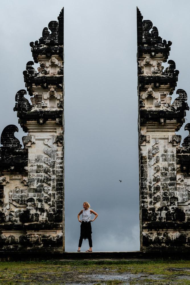 Bali_LempuyangSHBigTempleFrame