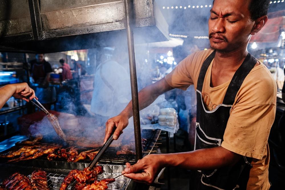 ChiangMai_NightMarket_MeatStall