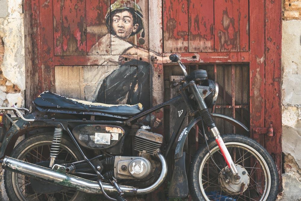 Georgetown_GraffitiMotorcycleBiy