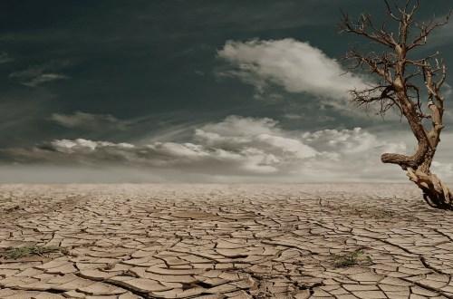 droge aarde, wereld in brand