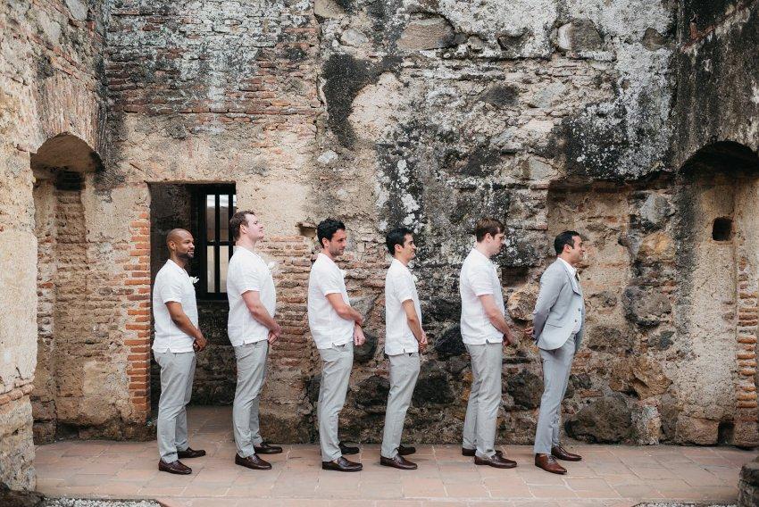 Caballeros Boda en Convento Capuchinas Antigua