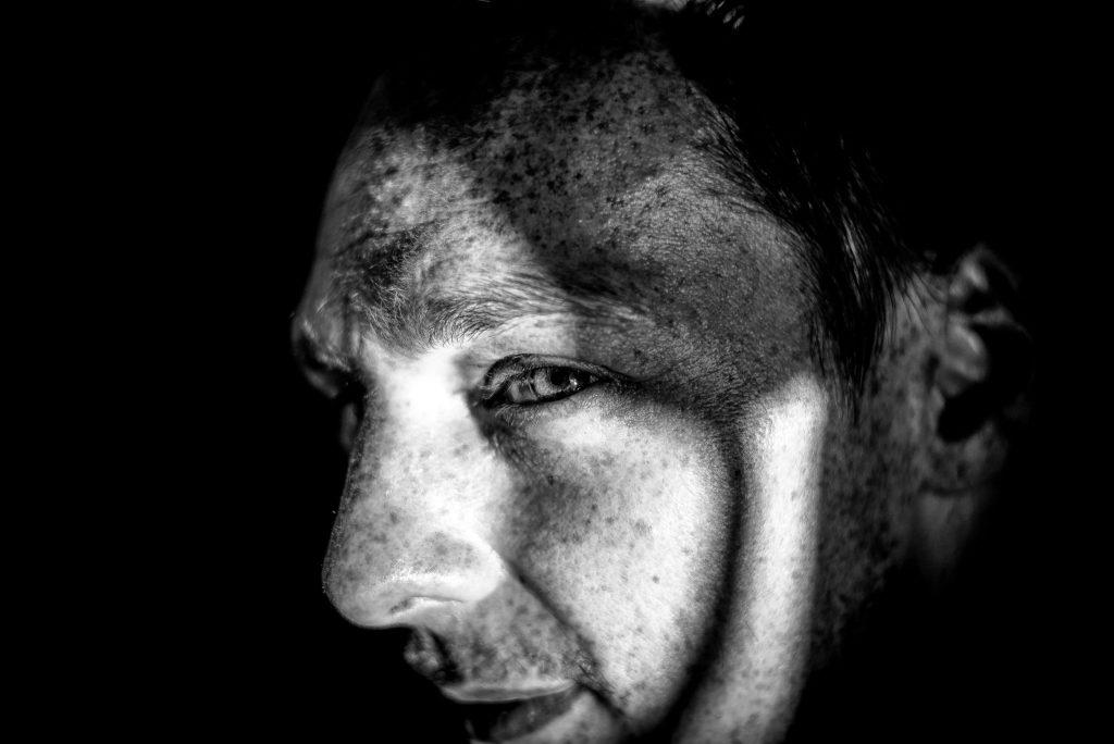 Yanik Z., Hamburger, ehemaliger Schauspieler.