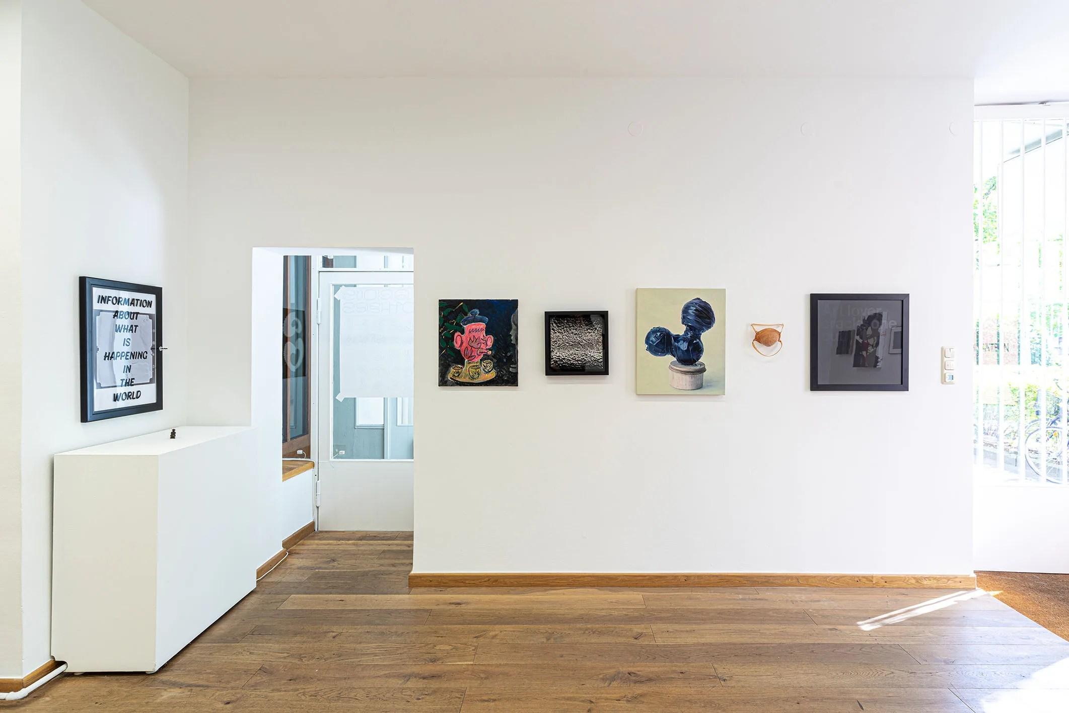 DARK LANTERN installation view, 2019