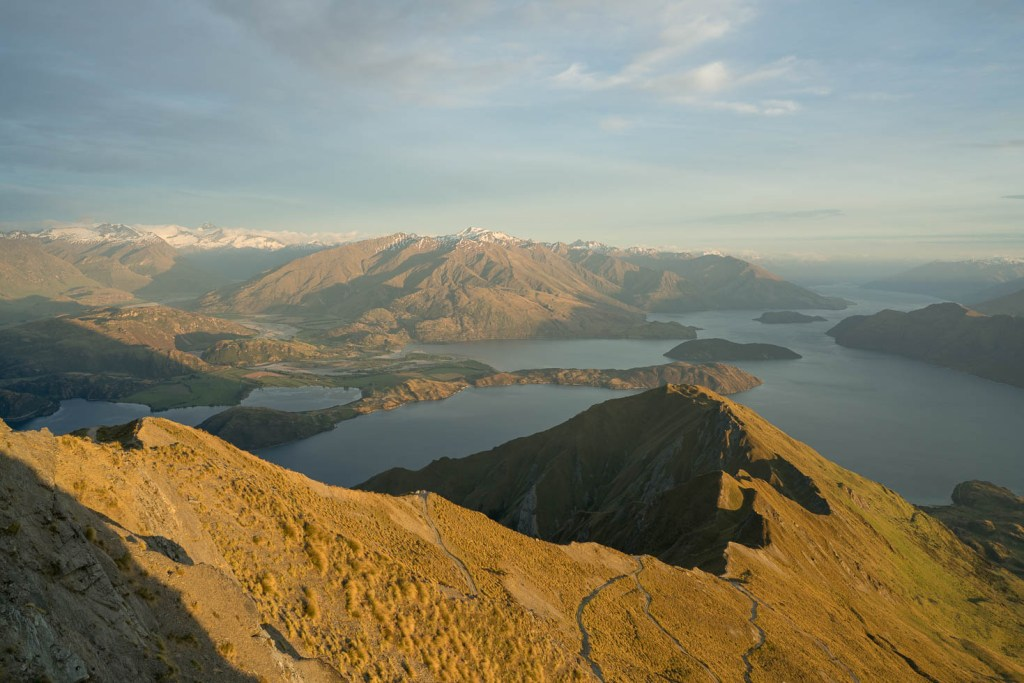 First Rays of Sunlight on Roys Peak