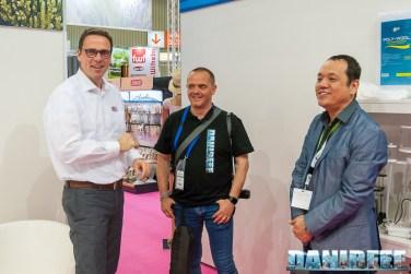 Axel Pinders di Dohse Aquaristik KG con DaniReef e John Ong di Skimz
