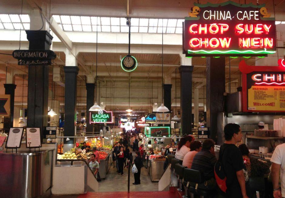 Under uret Grand Central Market