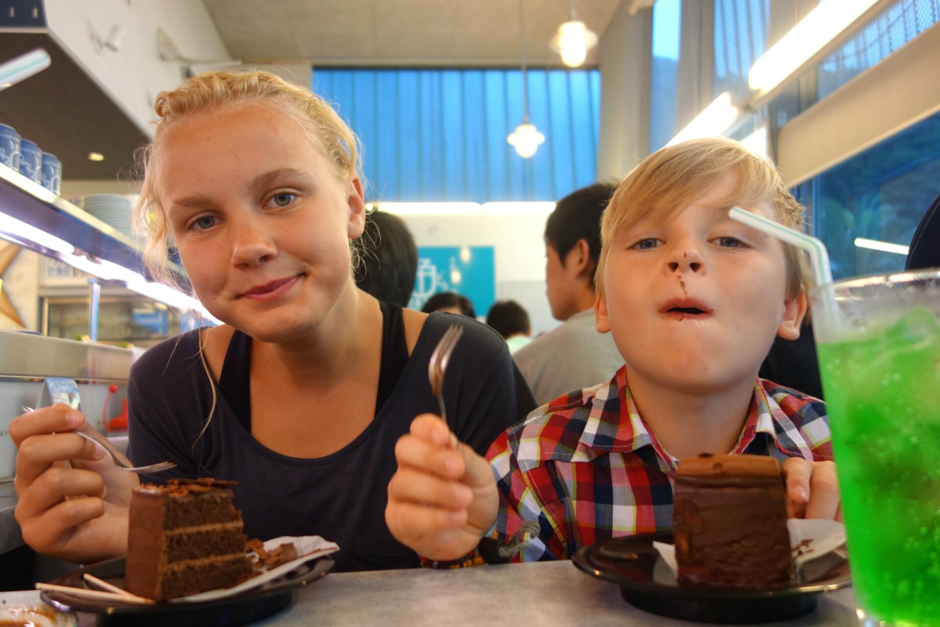 Running chokoladekage blev børnenes favorit