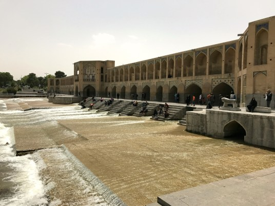 Khaju en af Esfahans flotte broer