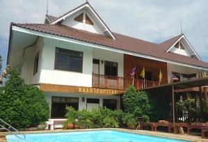 Baan Tebpitak med pool i Ayyutthaya