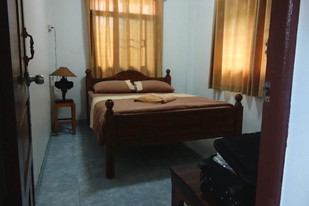 Det ene dobbeltværelse med king size seng på Baan Tebpitak