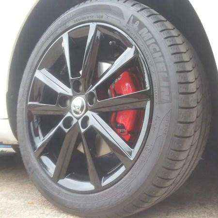 Skoda Gloss Black Alloy Wheels Painting Nottingham Derby & Long Eaton