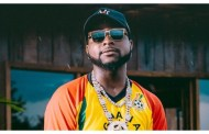 A pastor give a scary prophecy about Davido( video).