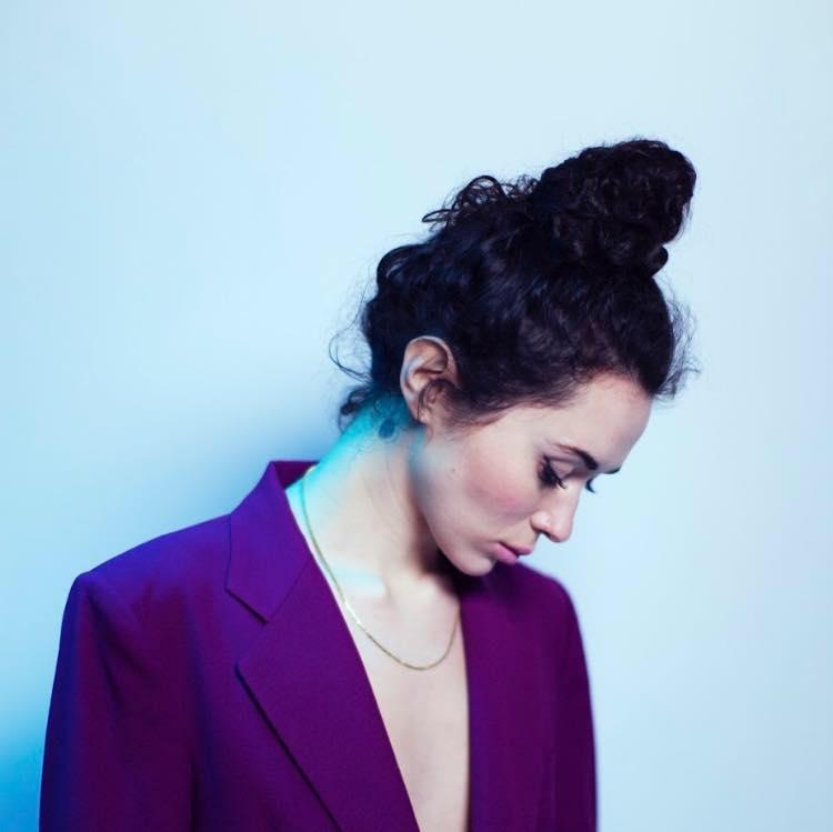 "Nieuwe single Alice Wonder – ""Too Mad"""