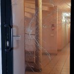 Do You Need to Replace Your Commercial Glass Doors_ - commercial glass replacement - Dans Glass