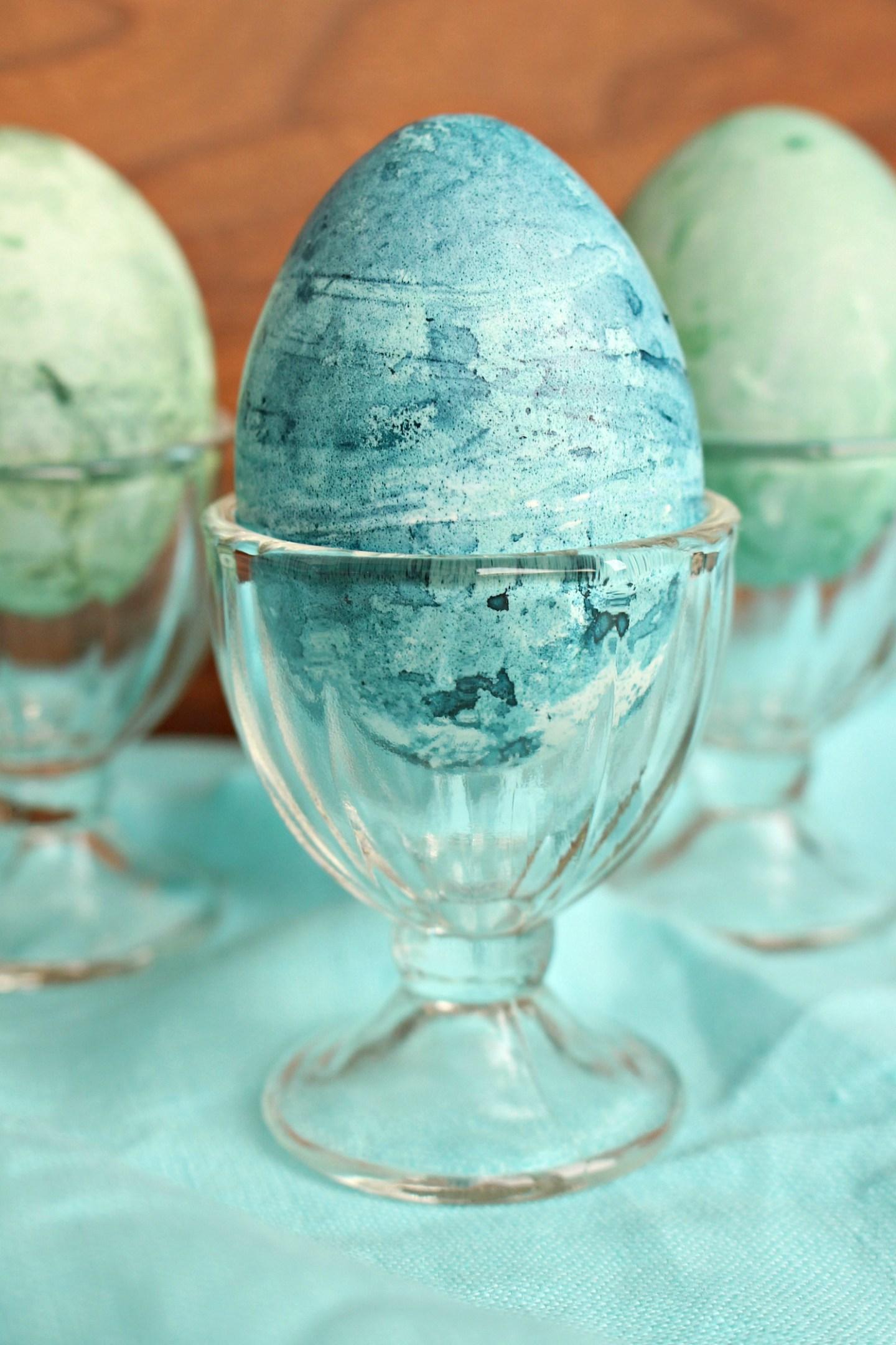 Shibori Inspired Egg DIY