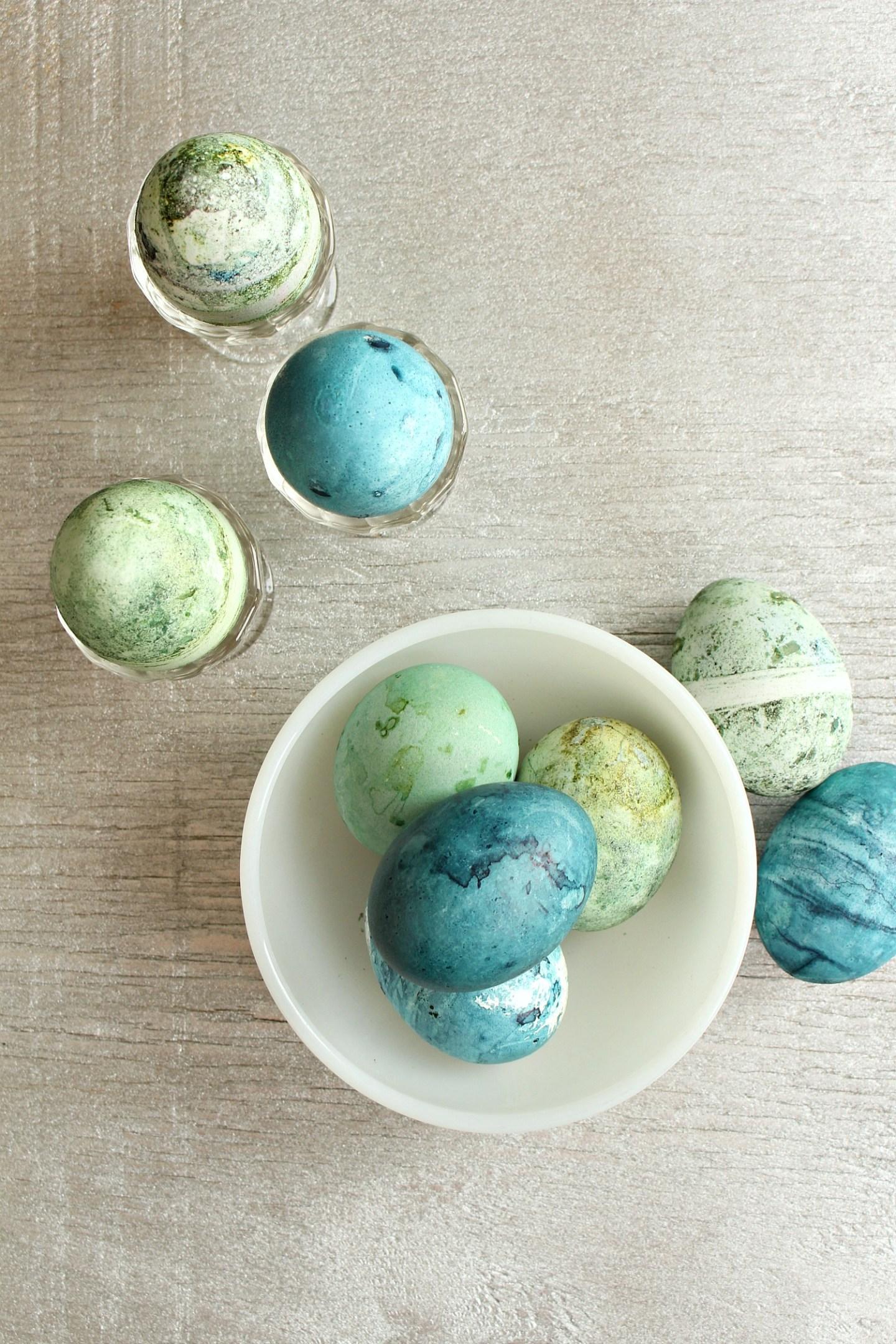 Speckled Easter Egg DIY