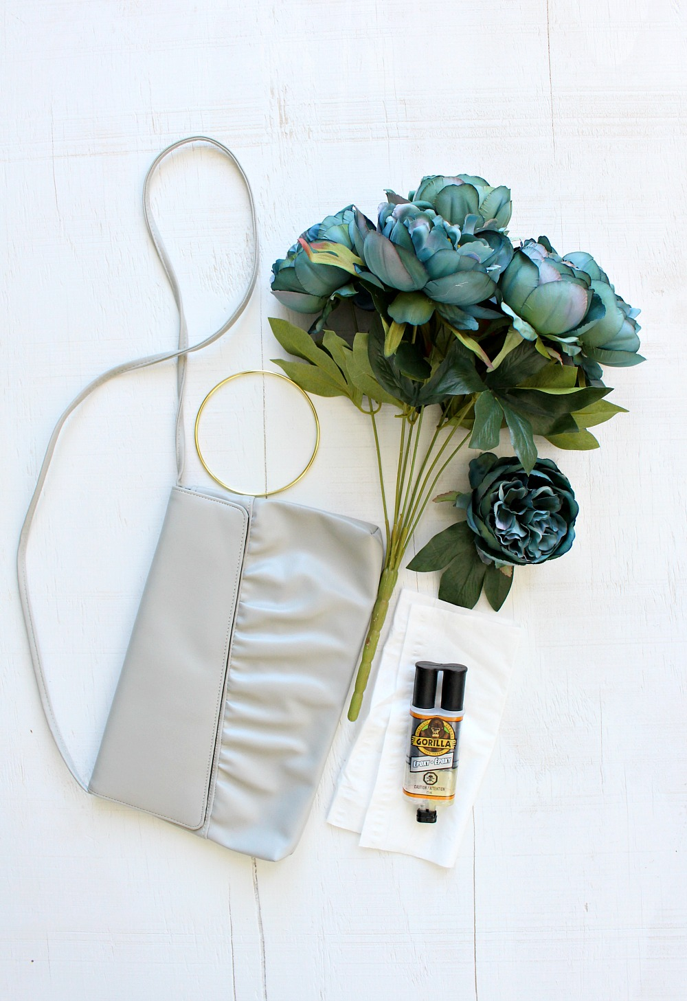 How to Make a DIY Faux Flower Purse
