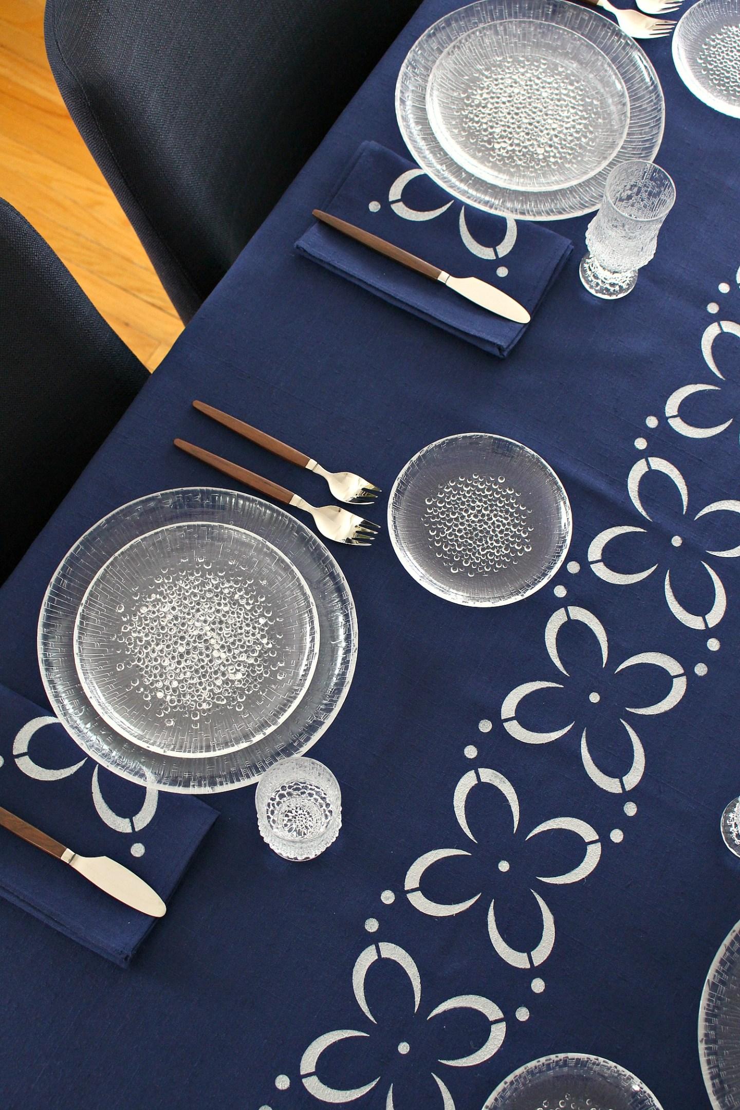 DIY Stenciled Fabric Table Cloth