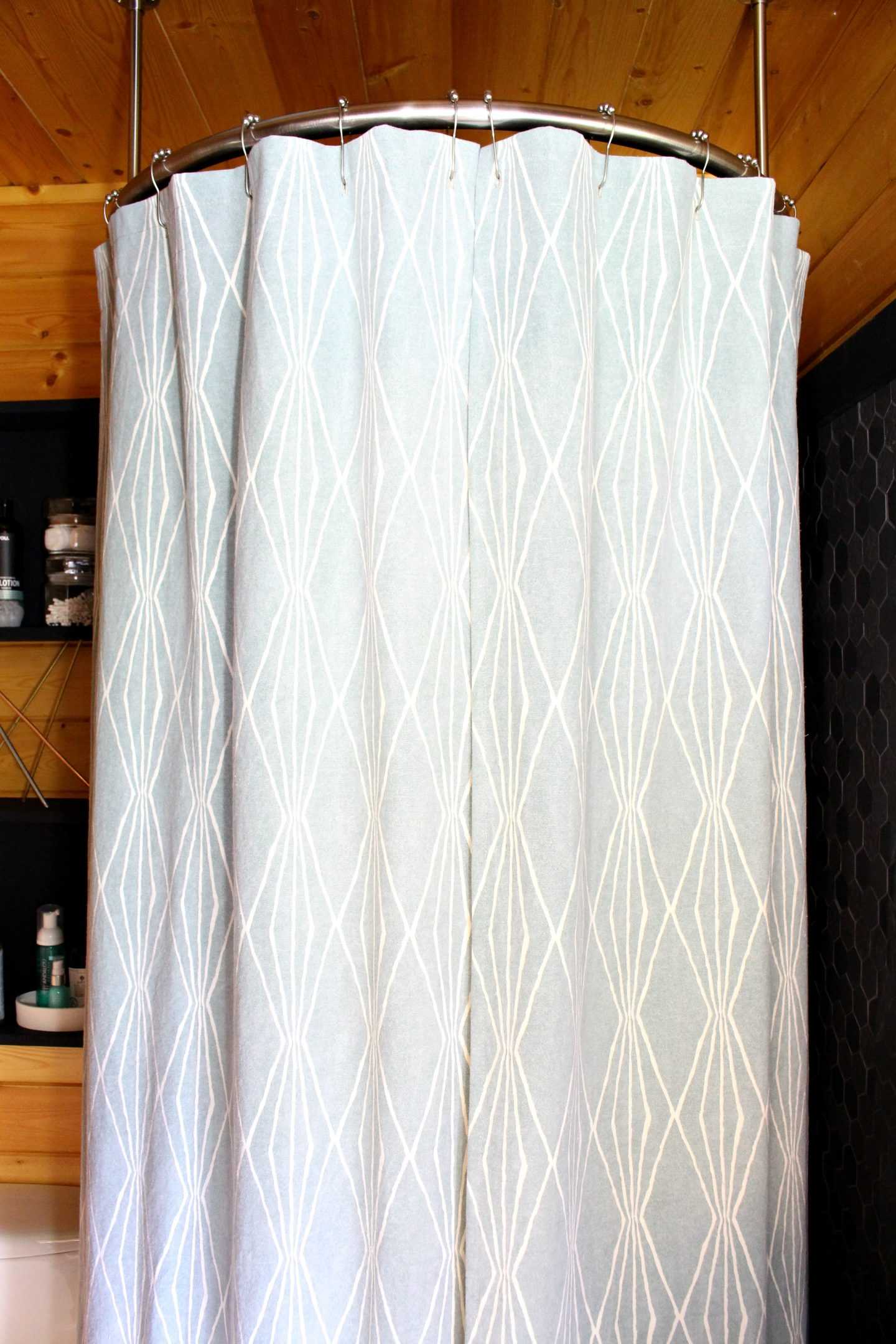 How To Sew A Shower Curtain With Lining Dans Le Lakehouse