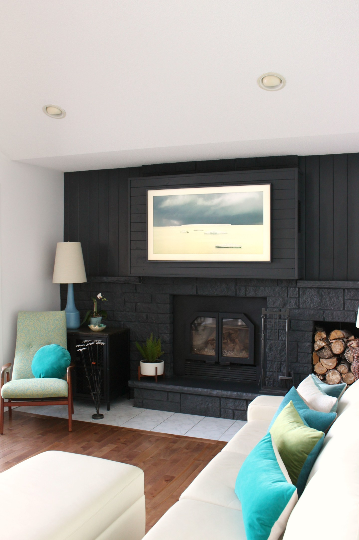 Samsung Frame TV Review | Unsponsored Review of the Frame TV with Pros and Cons | Dans le Lakehouse