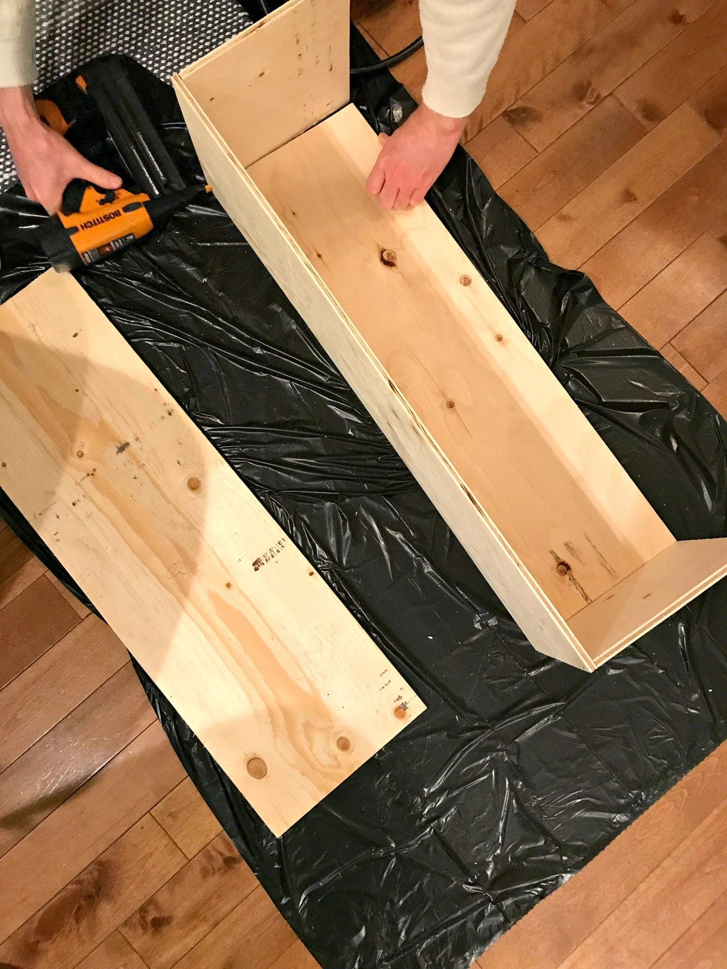 Build a Modern Planter Box from Wood Scraps