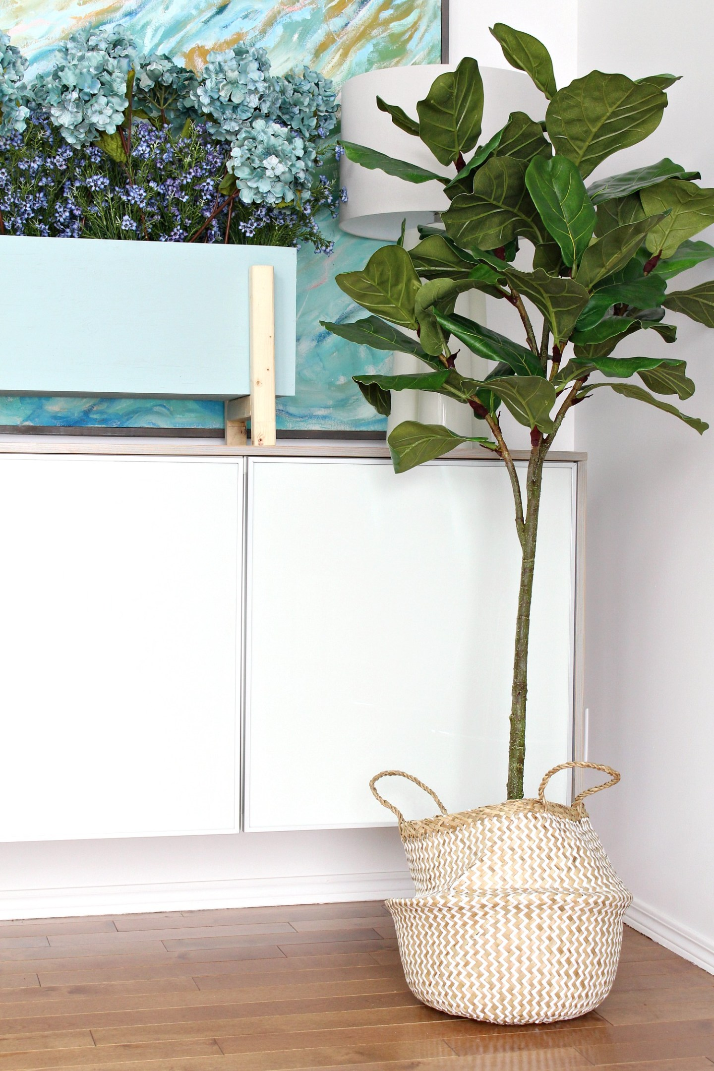 Real Looking Artifical Fiddle Leaf Fig