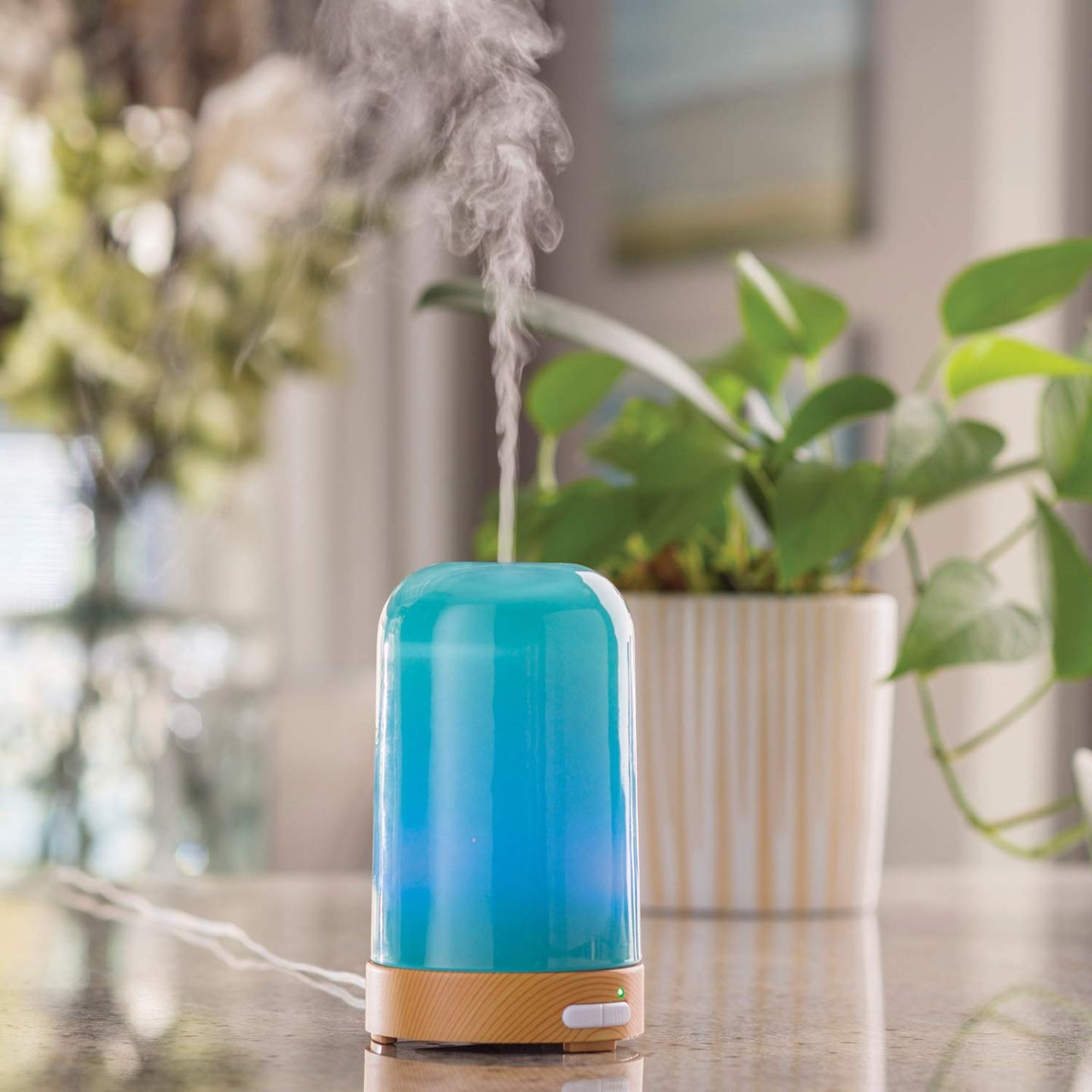 15+ Modern Essential Oil Diffusers Gift Guide Round Up