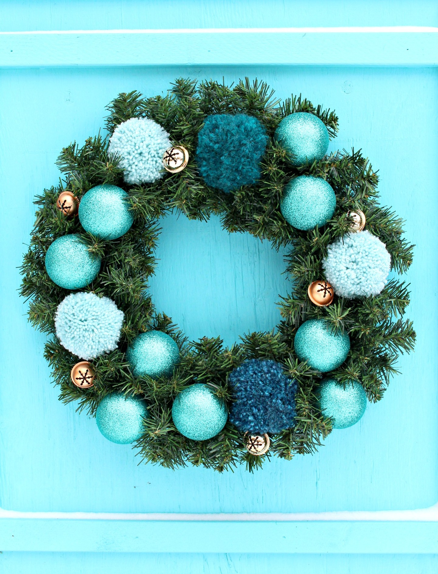 Easy DIY Pom Pom Wreath