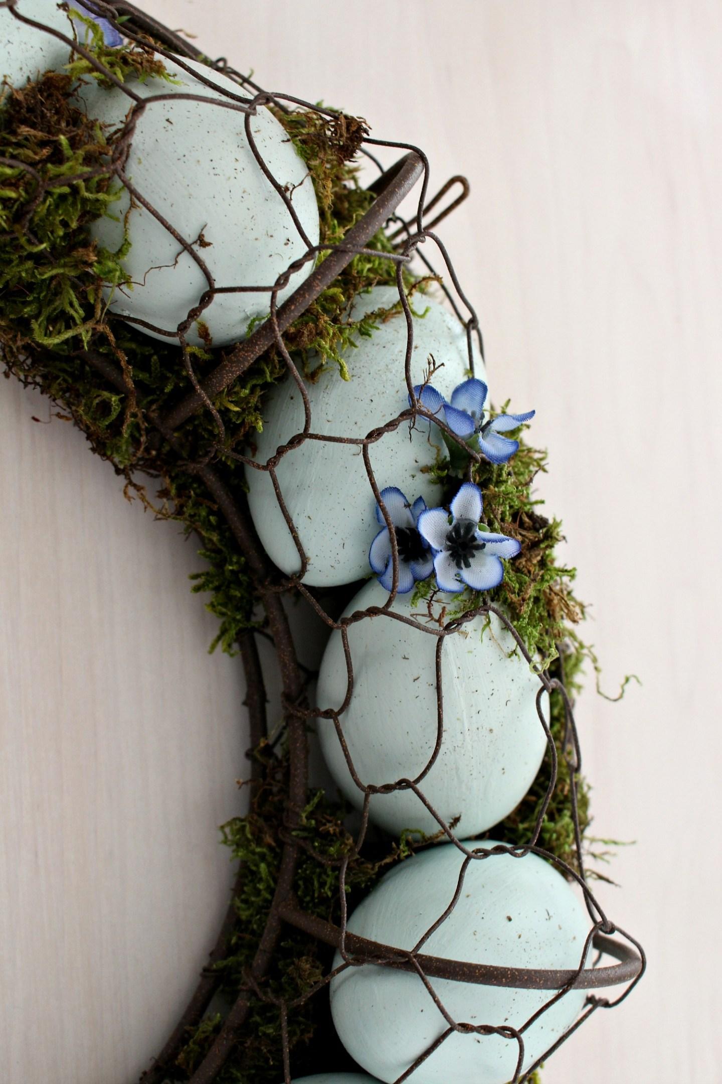 How to Make an Egg Wreath