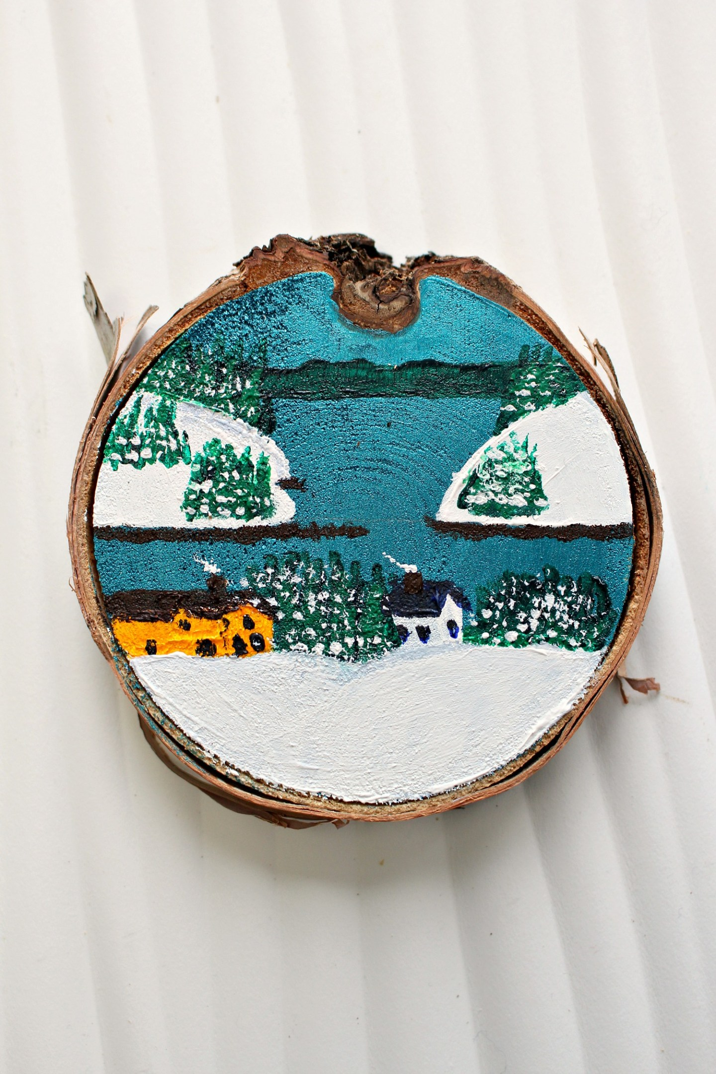 DIY Painted Birch Slice Ornaments (Inspired by Maud Lewis)