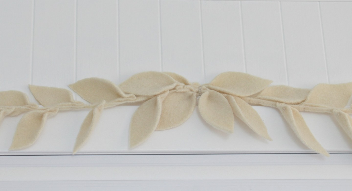 DIY Wool Felt Leaf Garland