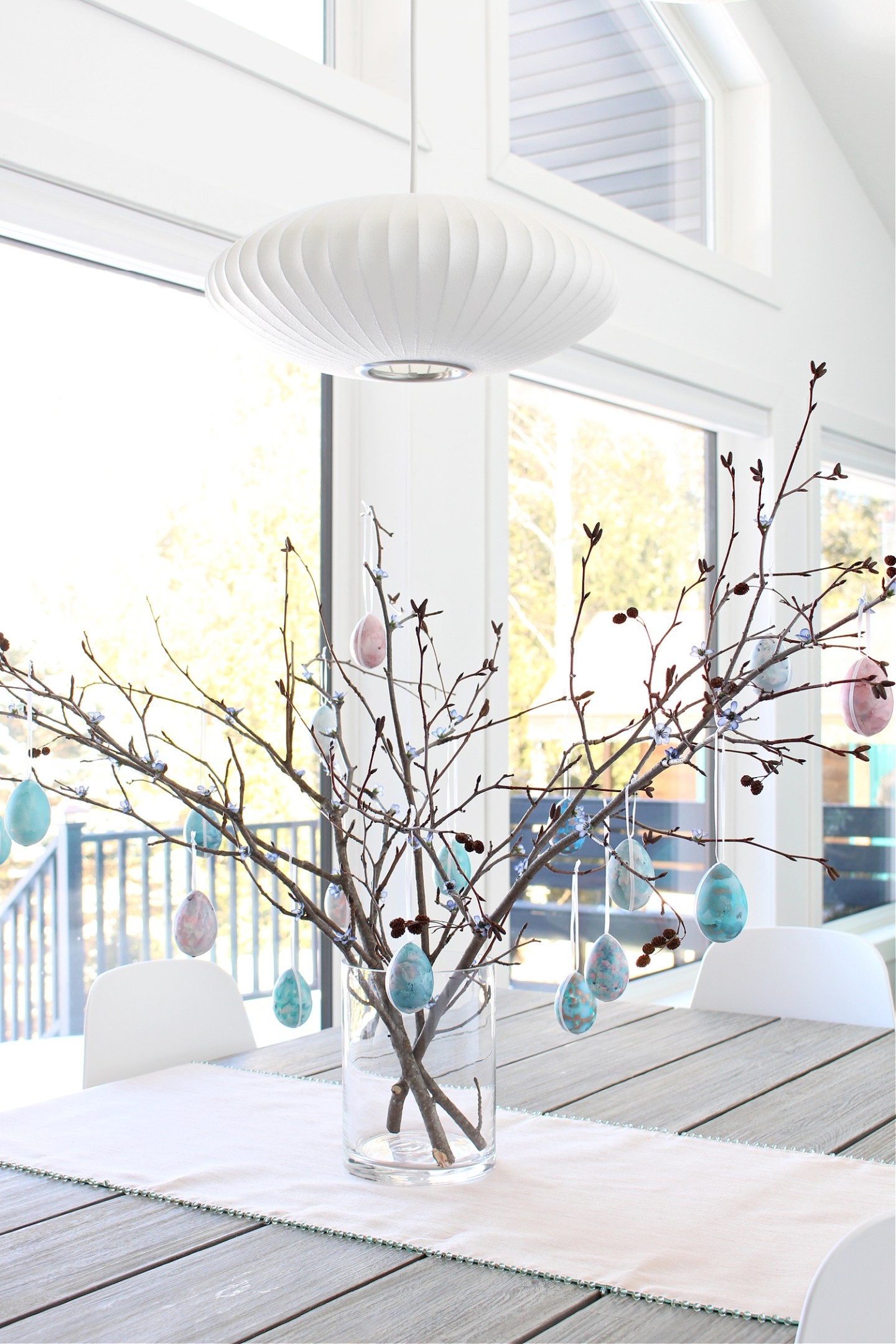 How to Make a DIY Easter Egg Tree