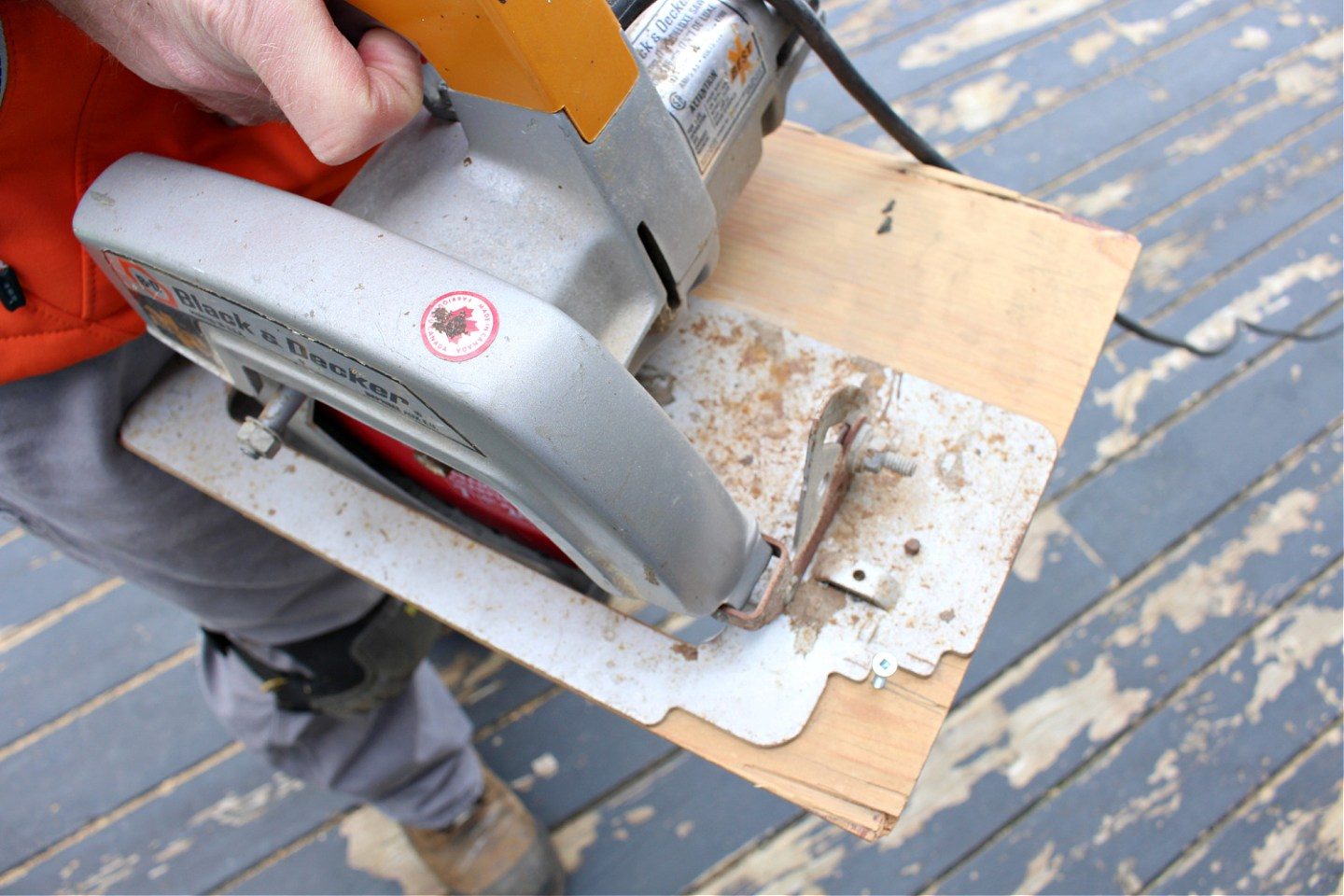 DIY Saw Guide to Widen Deck Boards