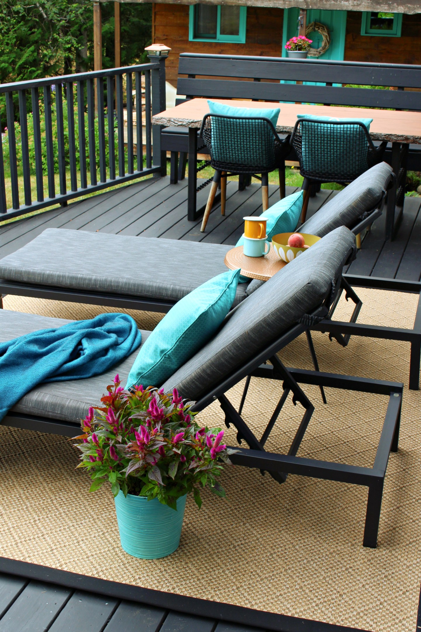 Black Deck with Natural Colored Rug