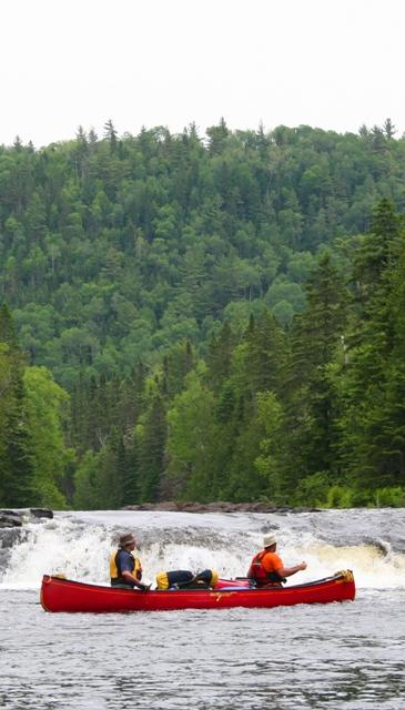 Canot-camping-chute1