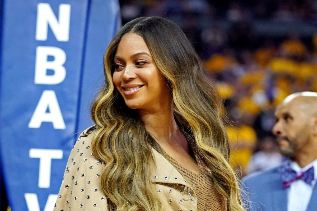 https www danspapers com 2020 11 beyonce leads 2020 grammy nominations