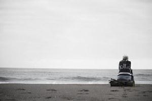 beach-984200__180